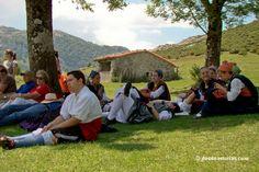La Fiesta del Pastor #CangasdeOnís. Eventos de Asturias [Más info] http://www.desdeasturias.com/la-fiesta-del-pastor/