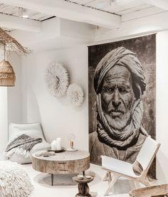 Discover authentic coffee tables on Couleur Locale Interior Design Living Room, Interior Decorating, Decorating Ideas, Kitchen Interior, Casa Top, Ethno Design, Deco Boheme, White Ceiling, Boho Decor