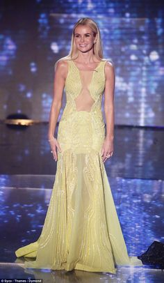 Amanda Holden shows off her toned tum in a sporty crop top Amanda Holden Bgt, Britain's Got Talent, Alesha Dixon, Yellow Gown, Low Cut Dresses, Ceremony Dresses, Holly Willoughby, Latest Celebrity News, Celebs