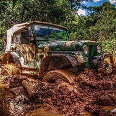 """jeepbeef: """"Diggin in  www.jeepbeef.con #RepTheBest ________ #jeepbeef #jeep by @lukeandeddie4x4 """""""