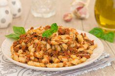 La pasta con pesto Ericino è un primo siciliano velocissimo da preparare e tanto saporito tipico del trapanese, provatelo!