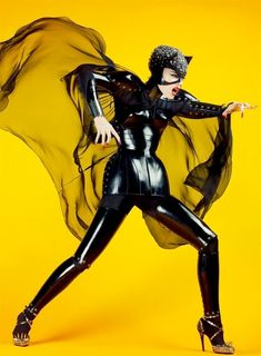 Britain's Craig McDean, who has professional experience with photography, film-making, and designing, has come up with this amazingly catchy, witty, and creative theme of utilizing comic book heroes as a theme for a fashion photoshoot! I'm totally loving this idea. ... more: http://loyalkng.com/2009/10/08/craig-mcdean-takes-comic-heroes-into-fashion-photography-will-spider-man-wolverine-iron-man-the-hulk-be-fashionistas/