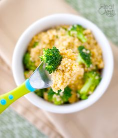 Cheesy Quinoa and Broccoli - this is just about the easiest quinoa recipe you can have, but tastes so good! It is a great lunch, dinner or side dish. How can you go wrong with Cheddar cheese?