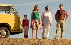 "Abigail Breslin, Toni Collette, Steve Carell, and Greg Kinnear in a scene from the movie ""Little Miss Sunshine""."