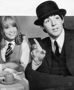 ♡♥Paul acts with Pattie Boyd 19 in 'A Hard Day's Night' in 1964♥♡