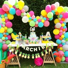 So much fun in one photo!!! A fun & fantastic pool party 1st Birthday &…