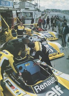 Le Mans Entered by Équipe Renault Elf. & Renault Alpine turbo All three cars DNF with engine problems. Sports Car Racing, Sport Cars, Race Cars, 24 Hours Le Mans, Le Mans 24, Nascar, Renault Sport, Car Racer, Automobile
