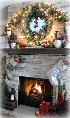 dining delight holiday home tour christmas in a cozy house christmas place christmas - Decorating Fireplace Mantels For Christmas Pinterest