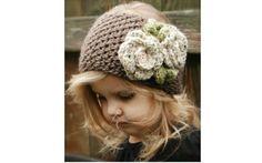 Para crianças mais velhas, uma opção é esta faixa de crochê enfeitada. Foto: Pinterest/Tiffany Willmott