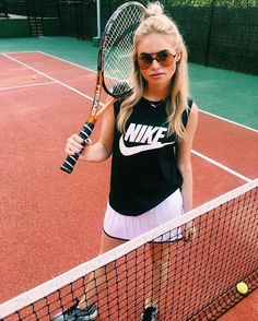 Claartje Rose, Dutch Blogger, tennis, Nike, skirt