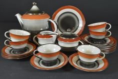 Coffee set by Nora Gulbrandsen for Porsgrund Porselen, from Auksjonshallen