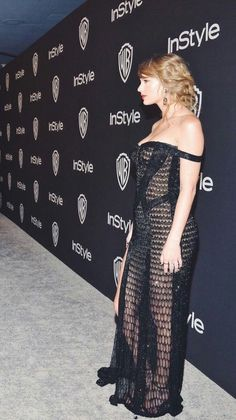 People Who Use Power of Perspective and Create Incredible Optical Illusion Photos Taylor Swift Country, Taylor Swift Legs, Taylor Swift Outfits, Taylor Swift Album, Taylor Swift Style, Taylor Swift Pictures, Taylor Alison Swift, Taylor Swift Bikini, Red Taylor