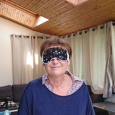 La Méli-Mélo sur Instagram: Projet n° 1 - 29/07/2017 J'ai offert ce masque à ma tante pour de bonnes nuits réparatrices en perspective. Patron : Incognito de chez…