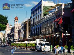 EL MEJOR HOTEL EN PUEBLA. El Centro Histórico de la ciudad de Puebla está conformado por maravillosas joyas arquitectónicas, convirtiéndola en un gran atractivo para todos los turistas que llegan a la capital. En Best Western Real de Puebla, le recordamos que existen tours en el centro, que lo llevarán a descubrir más sobre el encanto de nuestra ciudad. #elmejorhotelenpuebla