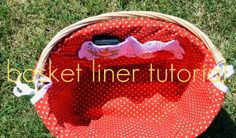 Tutorial to sew an oval basket liner. I just used this tonight to make a liner for my baby's first Easter basket - it turned out great and was pretty easy! Perfect for a bike basket Sewing Hacks, Sewing Tutorials, Sewing Crafts, Sewing Patterns, Bicycle Basket, Bike Baskets, Basket Liners, Sewing Baskets, Easy Baby Blanket