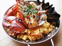 Espuma Paella de marisco y langosta (For 2) $468