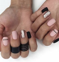 Trendy manicure colors for short nails Cute Acrylic Nails, Glitter Nails, Cute Nails, Pretty Nails, Halloween Nail Designs, Halloween Nails, Diy Nail Designs, Natural Gel Nails, Nails Polish