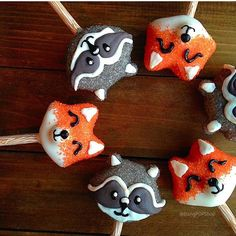 Woodland creatures cake pops fox cake pops raccoon by BangPOPshop