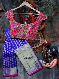 Kalamkari Blouse Designs - Pen Kalamkari & Block Print Kalamkari Kalamkari - This is a favourite word for traditional indian fashion freaks now-a-days. Blouse Back Neck Designs, Sari Blouse Designs, Saree Blouse Patterns, Bridal Blouse Designs, Best Blouse Designs, Sari Bluse, Kanjivaram Sarees, Silk Sarees, Indian Sarees