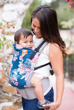At-A-Glance Features The popular Tula Standard Baby Carrier is a busy mom's FAVORITE baby carrier. Quick glance features: No Room for a Stroller? No Problem. Where strollers can't go, the Tula baby ca Ergonomic Baby Carrier, Baby Time, Baby Essentials, Baby Wearing, Baby Gear, Future Baby, Children, Kids, New Baby Products