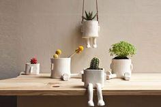 Objetos locos: macetas divertidas para tu casa  ¿Qué te parece esta propuesta para decorar tu escritorio? ¿La usarías?. Foto: <a href='http://www.decorablog.com/'>http://www.decorablog.com/</a>