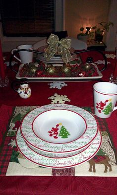Mickey Mouse Christmas Dishes