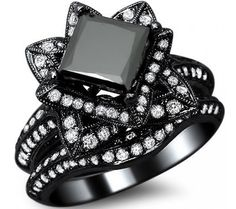 Since recent events have me daydreaming about this sort of thing...THIS IS EXACTLY WHAT I WANT if/when that day comes...SO BEAUTIFULLY UNIQUE! <3 <3 <3  3.02ct Black Princess Cut Lotus Flower Diamond Engagement Ring Bridal Set 14k Black Gold