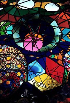 Wholeo Dome in Summertown, TN, USA - Stained glass geodesic dome; project completed in 1974