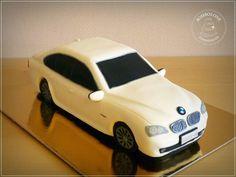 http://bombolone.blogspot.hu/2015/04/a-bmw-torta.html
