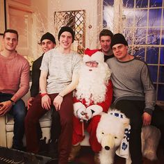 Merry Christmas Hockey Baby, Ice Hockey, Hockey Games, Hockey Players, William Nylander, Super Rich Kids, Mitch Marner, Maple Leafs Hockey, Hockey Boards