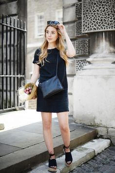 London blogger Georgia Meramo wears the Boden Easy Linen Tunic Dress in black and pairs it with Peonies. It's the only way really.
