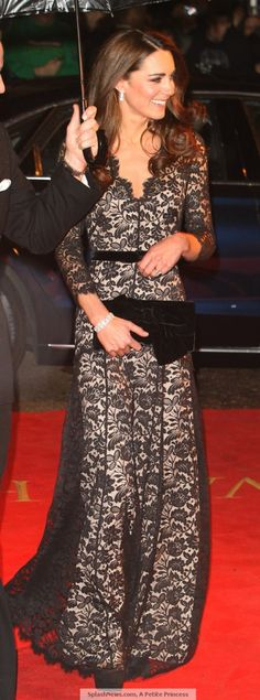 Kate in Black Lace At War Horse Premiere