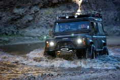 Land Rover Defender: The face of adventure.