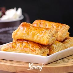 Easy Cooking, Cooking Recipes, Yummy Snacks, Yummy Food, Tastemade Recipes, Indonesian Desserts, Puff Pastry Recipes, Bakery Cakes, Creative Food