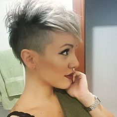 Beautiful Short Bob Hairstyles And Haircuts With Bangs Rita Grohmann Kurzhaarfrisuren 2017 Sassy Hair, Haircut And Color, Pixie Hairstyles, Short Female Hairstyles, Short Funky Hairstyles, Hairstyles With Shaved Sides, Edgy Pixie Haircuts, Faux Hawk Hairstyles, Wedge Hairstyles