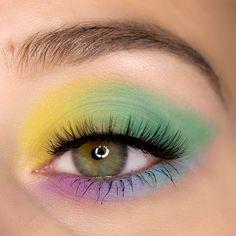 Morphe The Imagination Palette Pastell Augen Make-up Look. Augen Makeup Inspiration für einen bunten Look.