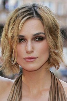 Kiera Knightly hair While I wait for it to grow out. Something softer.