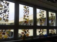 Podzimní tvoření - výzdoba oken třídy 5.B – armenska – album na Rajčeti Montessori, Windows, Halloween, Autumn, Spooky Halloween, Window