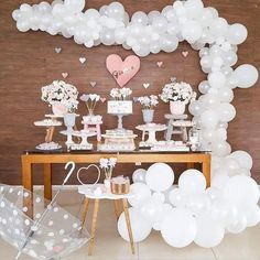 Cloud Baby Shower: Double Cuteness for Party - Anniversary Party - Bebe Cadeau Baby Shower, Idee Baby Shower, Girl Shower, Party Decoration, Birthday Decorations, Baby Shower Decorations, Shower Party, Baby Shower Parties, Bridal Shower