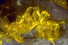 Uranophane, Ca(UO2)2(SiO3OH)2·5H2O