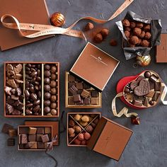 Treat your favorite chocolate lover to the absolute finest. Our gift box offers a selection of decadent handmade chocolates from La Maison du Chocolat, the legendary Paris shop founded in 1977 by master chocolatier Robert Linxe. I Love Chocolate, Chocolate Shop, Chocolate Gifts, Homemade Chocolate, Chocolate Lovers, Melting Chocolate, Expensive Chocolate, Blackberry Syrup, Handmade Chocolates