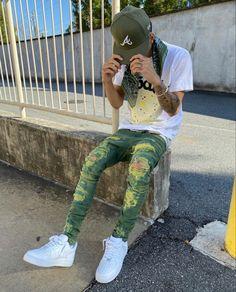 Black Men Street Fashion, Yankees News, Nike Af1, Mode Streetwear, Dope Outfits, Street Wear, Sneakers Nike, Street Style, Drown