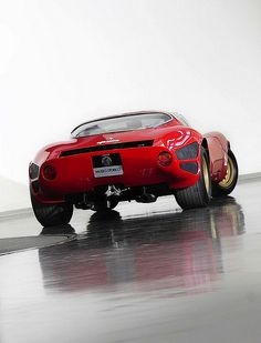 Alfa Romeo Tipo 33 Stradale by Auto Clasico, via Flickr