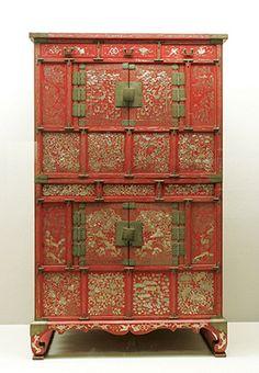 Korean Furniture Korean Inlaid Mother Of Pearl And Black