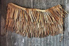 Maori Skirt by Janice Dunn Stylish Dress Designs, Stylish Dresses, Maori Patterns, Flax Weaving, Maori People, Rain Cape, Maori Designs, Cloaks, Weaving Techniques