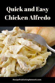 Alfredo sauce is a classic Italian sauce that is really quite simple to Mark and really only needs a few ingredients. It can also be jazzed up a bit by adding things like shrimp or in this case chicken to it. Meat Recipes, Slow Cooker Recipes, Seafood Recipes, Crockpot Recipes, Chicken Recipes, Alfredo Recipe, Alfredo Sauce, I Love Food, Good Food