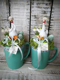 these would🦃 a cute thanks- giving center- piece~♡ Easter with Kids April Easter, Easter Bunny, Easter Table Settings, Spring Projects, Easter Crafts For Kids, Easter Ideas, Egg Decorating, Easter Wreaths, Flower Crafts