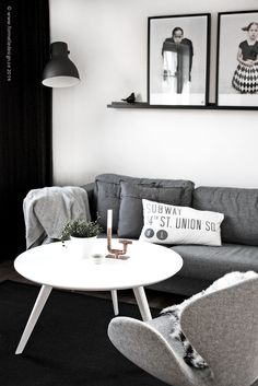 Via Formelle Design | Black Grey White | Vee Speers | Swan Chair