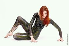 Liquid latex bodypainting