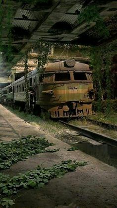 Abandoned Buildings, Abandoned Mansions, Abandoned Houses, Abandoned Places, Abandoned Ships, Unusual Buildings, Abandoned Amusement Parks, Old Trains, Haunted Places